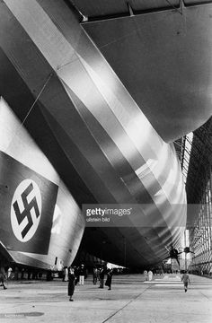 Ww2 History, Modern History, History Photos, War Photography, Luftwaffe, Zeppelin, World War Two, Historical Photos, Airplanes