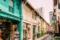 Best Photo Spots in Singapore: Haji Lane Singapore Travel Tips, Singapore Itinerary, Singapore Photos, Haji Lane Singapore, Singapore Singapore, Pretty Pictures, Cool Photos, Pretty Pics, Places To Travel