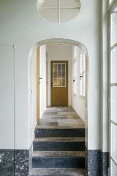 Hallway - Vlassak Verhulst