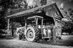Uncle Tom's Tractor by tlc7550. flickr.com/tlc7550