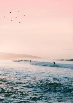 Aesthetic Backgrounds, Aesthetic Wallpapers, Sunset Surf, Summer Sunset, Sunset Wallpaper, Surfing Wallpaper, Nature Wallpaper, Beach Aesthetic, Beach Pictures