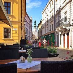 Summer in the Old Town ( #Bratislava ) by alanisko