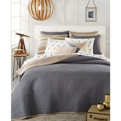 Whim by Martha Stewart Collection Turnabout Storm Cloud Twin Quilt, (48 CAD) ❤ liked on Polyvore featuring home, bed & bath, bedding, quilts, grey, cloud bedding, martha stewart bedding, martha stewart bed linens, martha stewart and gray bedding