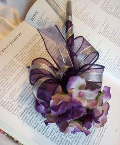 Purple Flower Pen Bridal Guest Book Signing Wedding Accessories. $14.00, via Etsy.