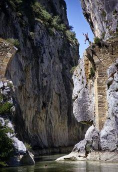 Foz de Lumbier , Puente del Diablo  Navarra Spain