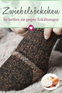 Zwiebelsöckchen lassen Erkältungssymptome wie Husten, Fieber und Co. schnell abklingen.