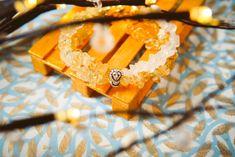 Šperky podle znamení horoskopu | korálky.cz Onion Rings, Ethnic Recipes, Bracelets, Food, Horoscope, Essen, Meals, Bracelet, Yemek
