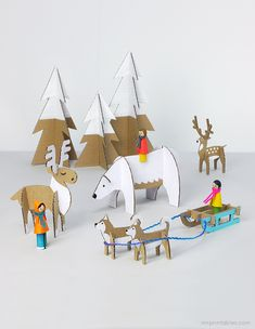 Peg dolls Winter Wonderland w/ cardboard animal templates