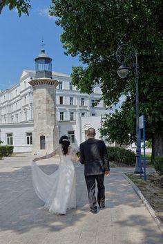 sedinta foto nunta Street View, Wedding, Weddings, Valentines Day Weddings, Mariage, Marriage, Chartreuse Wedding