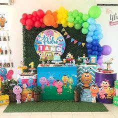 1st Year Cake, Happy Birthday, Birthday Cake, Baby Party, Balloon Decorations, Little Pony, First Birthdays, Hello Kitty, Balloons
