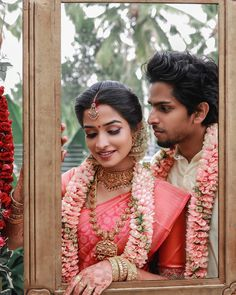 Can't Stop Smiling Looking At These Adorable South Indian Couple Shots! Can't Stop Smiling Looking At These Adorable South Indian Couple Shots! Kerala Bride, Hindu Bride, Flower Garland Wedding, Wedding Garlands, Wedding Garland Indian, Wedding Decorations, Wedding Mandap, Backdrop Decorations, Flower Decorations