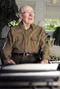 Dr. Harold Copenhaver of Jonesboro, Arkansas (believed to be last living member of original Army Air Force Band)