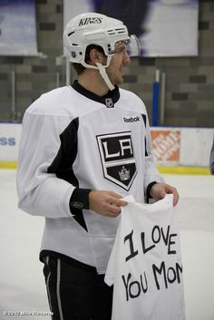 Mike Richards ... probably a better idea than getting it tattooed.