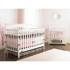Graco Hayden 4-in-1 Convertible Fixed-Side Crib, Classic White