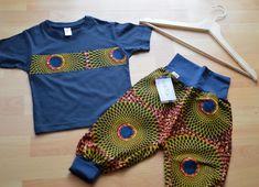 Baby set kente print, pants and t-shirt with ankara touch Ankara, Style Noir, Baby Pants, Print Pants, Baby Set, African Fabric, Black Cotton, Beautiful Day, Cuffs