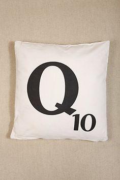 Coussin lettre Q du Scrabble