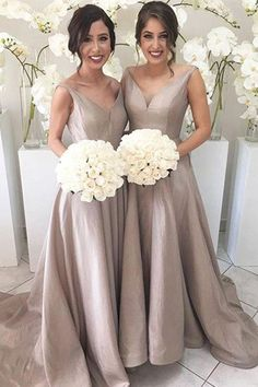 elegant grey bridesmaid dresses, simple v-neck wedding party gowns, long formal dresses.