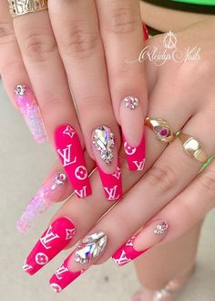 39 Chic Acrylic Gel Coffin Nails Design Ideas - Page 20 of 39 - Latest Fashion Trends For Woman Bling Acrylic Nails, Summer Acrylic Nails, Best Acrylic Nails, Bling Nails, Swag Nails, Gel Nails, Coffin Nails, Acrylic Gel, Pink Coffin