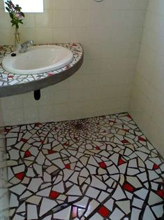 21 fantastic mosaic entry way 00012 Mosaic Bathroom, Mosaic Wall, Mosaic Tiles, Tile Crafts, Decor Crafts, Stone Mosaic, Mosaic Glass, Home Decor Kitchen, Home Decor Bedroom
