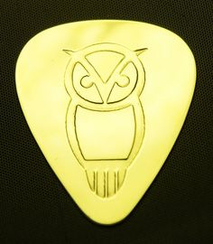Owl Brass Guitar Pick