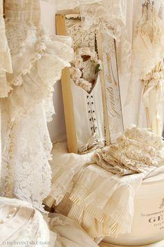 アンティーク・パリジェンヌ・モード*19世紀のコルセット型衣装 - O Bel Inventaire-Bis*アンヴァンテール・ビス*