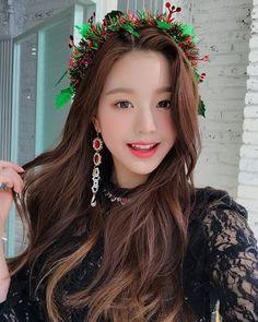 Photo album containing 7 pictures of Wonyoung Kpop Girl Groups, Kpop Girls, Sweet Girls, Cute Girls, Korean Girl, Asian Girl, Pre Debut, Yu Jin, Japanese Girl Group