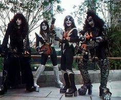 """those are from the Kiss army Kit that came out then """"When you have eliminated all which is impossible, then whatever remains, however improbable, must Kiss Images, Kiss Pictures, Rock Band Photos, Rock Bands, Sandy West, Kiss Members, Vinnie Vincent, Vintage Kiss, Vintage Music"""