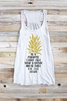 Ser un regalo de piña piña Tank Top  camiseta de la cita de