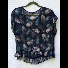"Feather Print Sheer Top Size M Sheer feather print top. Size M length: front: 21"", back: 24 1/2"" Forever 21 Tops Blouses"