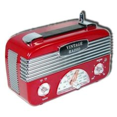 $29.95 Arnott\'s Retro Vintage 40\'s AM/FM Radio Red