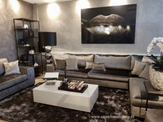 Home Decorating And Staging Living Room Decor Lights, Light Gray Couch, Luxury Interior, Interior Design, French Interior, Luxe Decor, Living Room Grey, Living Room Inspiration, Luxury Living