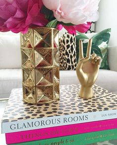 Coffee table books doesn't need to be expensive/new, as long as it's in good condition. Got this Glamorous Rooms by Jan showers for $12 (used) but like new at Amazon   #coffeetable #coffeetablebooks #hobbylobby #decorating #coffeetablestyling #katespade #katespadeny #targetdoesitagain #targetstyle #target #nateberkus #livingroom #interiordesign #homedecorating #homegoods #homegoodshappy #tjmaxx
