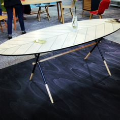 Milano 2013/The Feather table by Pietro Russo at the Juice exhibit