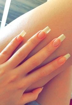 In search for some nail designs and ideas for your nails? Listed here is our set of must-try coffin acrylic nails for cool women. Cute Nails, Pretty Nails, Hair And Nails, My Nails, Long Gel Nails, Short Nails, Maquillage Kylie Jenner, Grow Nails Faster, Long Natural Nails