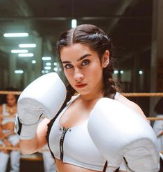 Uploaded by tay. Find images and videos about fifth harmony, lauren jauregui and strangers on We Heart It - the app to get lost in what you love. Boxing Girl, Women Boxing, Half Cornrows, Fifth Harmony Lauren, Plaits Hairstyles, Girl Crushes, Chic, My Girl, Beautiful People