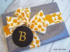 """older and wisor: fun gift wrapping ideas that will make them say WTF {""""who's this from?""""} fabric scraps for bows Creative Gift Wrapping, Creative Gifts, Wrapping Ideas, Creative Ideas, Homemade Gift Boxes, Diy Gift Box, Craft Gifts, Diy Gifts, Best Gifts"""