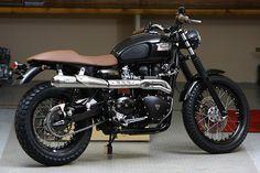 Charmés par le Scrambler Triumph essayé dans le Moto Revue n°3932? Alors, histoire de creuser un peu plus encore la veine néo-r