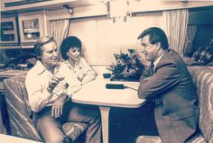#GeorgeJones #George #Jones #george #jones #georgejones #oldcountrymusic #singer #countrymusic #Outlaw #Music #RIP #blacknwhite #Music #Inview #NancyJones #nancyjones #Nancy #Jones #nancy #jones #Tourbus #countrymusicatisfinest #country #older #Lovethem by the_real_missouri_outlaw https://www.instagram.com/p/BFdg-HWtL2C/ #jonnyexistence #music