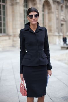 STREET STYLE SPRING 2013: PARIS FASHION WEEK - Giovanna Battaglia embodies the necessity of a great tailor.