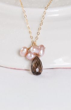 Evening Mist – Smoky Quartz and Pearl Cluster Necklace