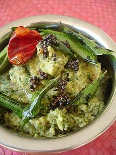 This pachadi is pure vegetarian food sans the onion-garlic twosome. Saatvik khana – fresh, healthy and light. Ridge gourd is a vegetable that is vata pacifying according to ayurveda and one of my favorites....