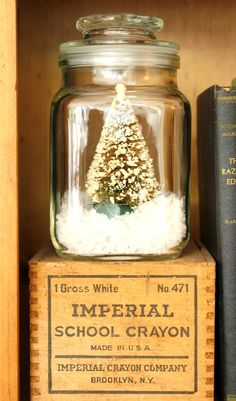 Christmas Wrap Up from My Soulful Home Get my holiday bookcase decorating tips & more...