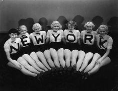 Busby Berkeley chorus girls