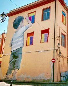 seth_globepainter in Italy. L'artiste des rues est là pour nous ouvrir des fenêtres. / Street art.