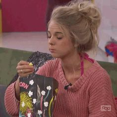 hungry big brother popcorn bb18 nicole bbad big brother after dark snacking trending #GIF on #Giphy via #IFTTT http://gph.is/2dheGpx