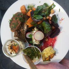 Frokost på #KomDag '12 i DR-byen. Foto taget af Torben Heikel Vinther www.webfronten.dk