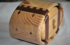Bandsaw Box, Velvet Material, Diamond Shapes, Trinket Boxes, Wooden Boxes, Black Velvet, Wood Crafts, Wood Boxes, Wooden Crates