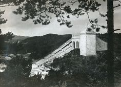 Yet even as construction on the main stadium ceased, secret work continued on a test section of the construction so that architect Speer and Adolf Hitler could get a feel for what the completed stadium might be like. This image shows the monumental test section in Hirschbachtal, some 40 kilometers north of Nuremberg. spiegel