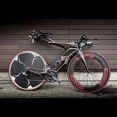 sid — pedalitout: @aaronupson Bike sighting in Japan -...
