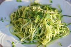 Hiidenuhman keittiössä: keäkurpitsaspagetti